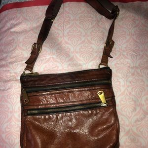 authentic Fossil crossbody bag w/ adjustable strap